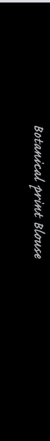 ボタニカルプリントブラウス